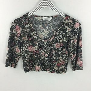 Rebdolls black floral crop top medium v neck
